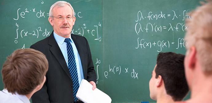 pgce-mathematics_teaching_shutterstock